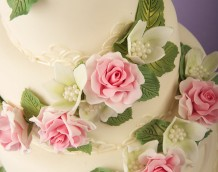 'Romantic Wedding Cake' - made using our 'Swirls and Hearts' and 'Large Christmas Rose' sets with the calyx from the 'Briar Rose Set' used for the white flowers.