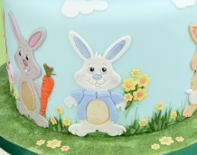 Our Bunny Set can create a variety of cute bunnies complete with accessories.