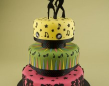 'Disco Dancers Cake' - made using our 'Disco Dancers Set'